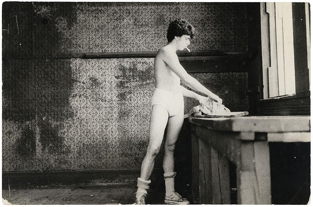 Alvin Baltrop – The Piers (man going through clothing), n.d. (1975-1986) silver gelatin print image size: 19 x 28.5 cm paper size: 19 x 28.5 cm (framed: 35.3 x 40.4 x 2.8 cm)