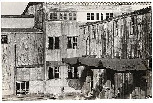 Alvin Baltrop – The Piers (exterior view), n.d. (1975-1986) silver gelatin print image size: 11.3 x 17.7 cm paper size: 11.3 x 17.7 cm (framed: 35.3 x 40.4 x 2.8 cm)