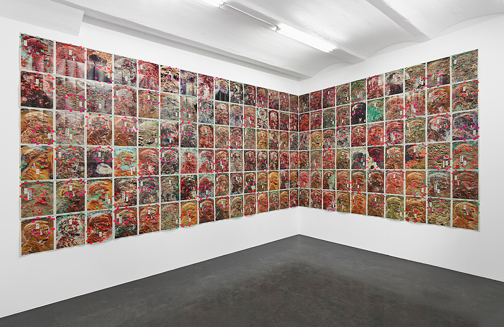 "Moyra Davey – ""EM Copperheads"", 2017 150 digital c-prints on fujicolor crystal archive paper, tape, postage, ink each 30.5 x 45.7 cm, overall dimensions 274.8 x 762.5 cm (variable) installation view Galerie Buchholz, Köln 2017"
