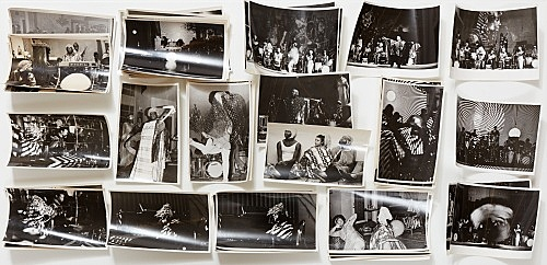 – Vitrine: Sun Ra / Hartmut Geerken Hartmut Geerken 53 photographs of Sun Ra Arkestra performing at Heliopolis/Egypt, December 12, 1971 and Balloon Theater, Cairo, December 17, 1971 installation view Galerie Buchholz, New York 2017