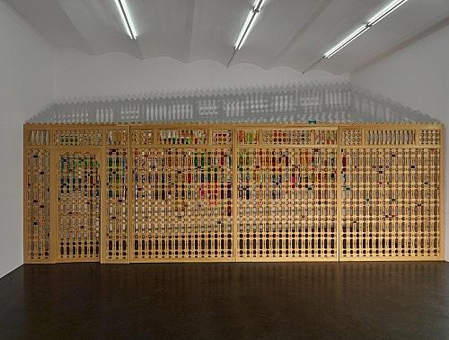 "Katharina Wulff – ""La décoration de l'âme"", 2017 Mosharabia wall cedar wood, acrylic, felt tip pen 224 x 677 x 5 cm installation view Galerie Buchholz, Köln 2017"