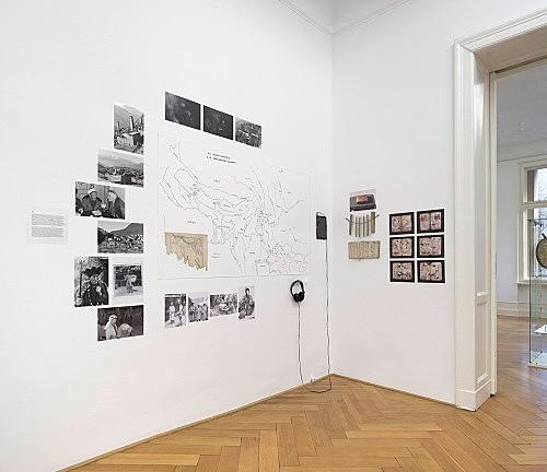 Michael Oppitz – Forschungen an den Rändern der Schrift Raum I: Lokal-Kulturen an den Rändern der Schrift Installationsansicht Galerie Buchholz, Berlin 2018