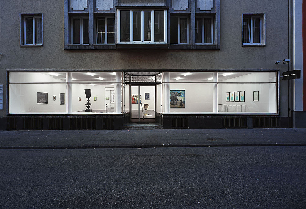 """Next to kin"" – installation view Galerie Daniel Buchholz, Köln 2006"