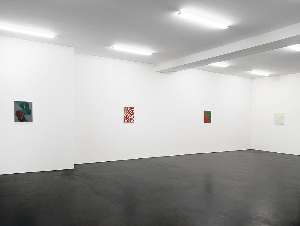Tomma Abts – installation view Galerie Daniel Buchholz, Köln 2006