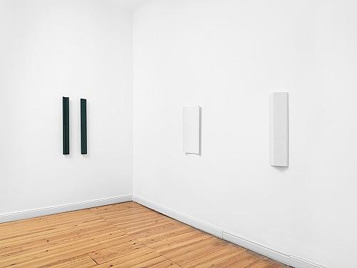 Florian Pumhösl – installation view Galerie Buchholz, Berlin 2018