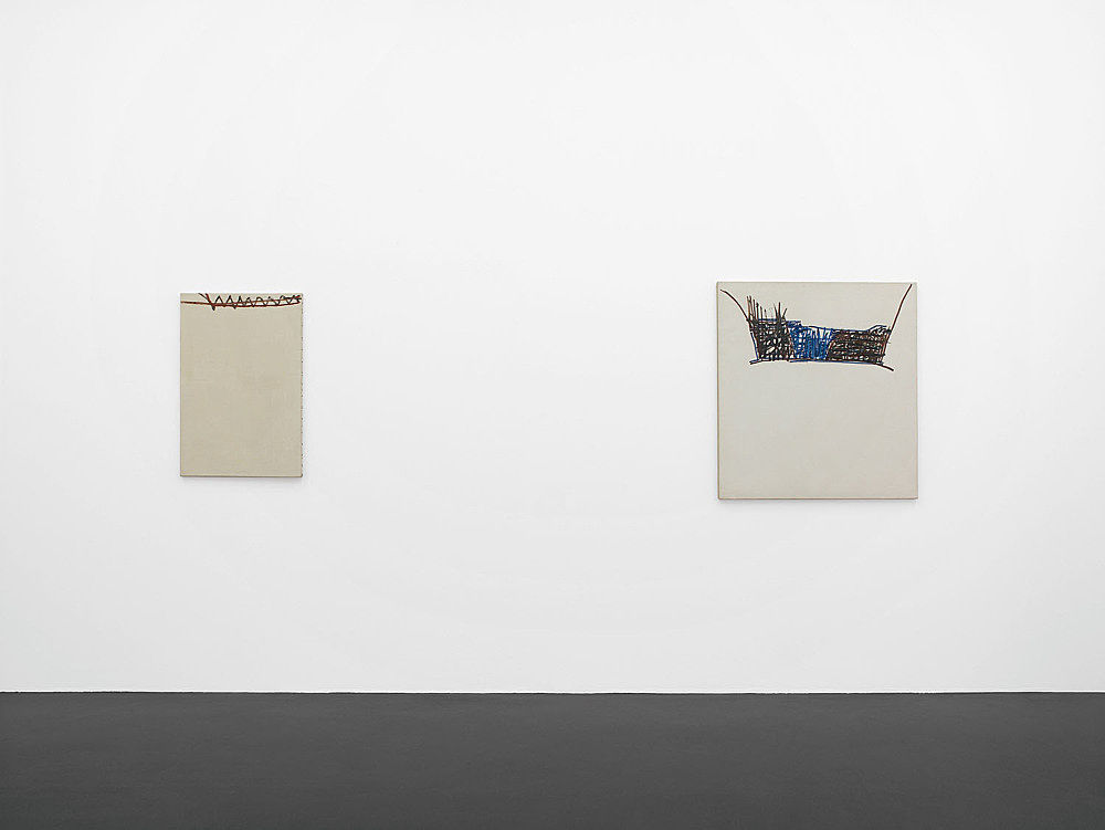 "Martin Barré – ""peintures 1960 – 1992"" installation view Galerie Daniel Buchholz, Köln 2007"