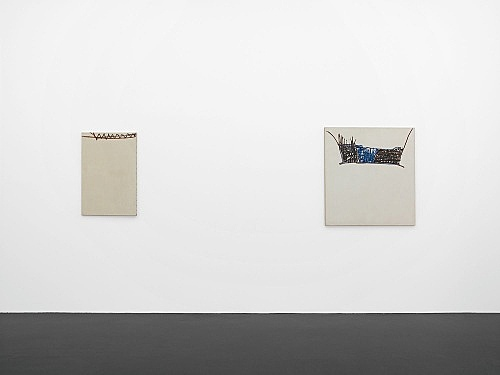 "Martin Barré – ""peintures 1960 - 1992"" installation view Galerie Daniel Buchholz, Köln 2007"