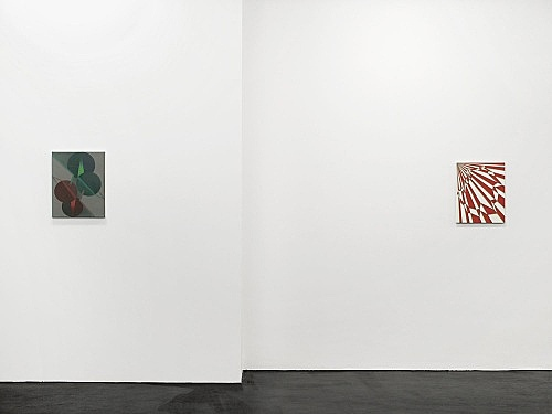 "Tomma Abts – ""Ewo"", 2006 acrylic and oil on canvas 48 x 38 cm & ""Meko"", 2006 acrylic and oil on canvas 48 x 38 cm installation view Galerie Daniel Buchholz, Köln 2006"