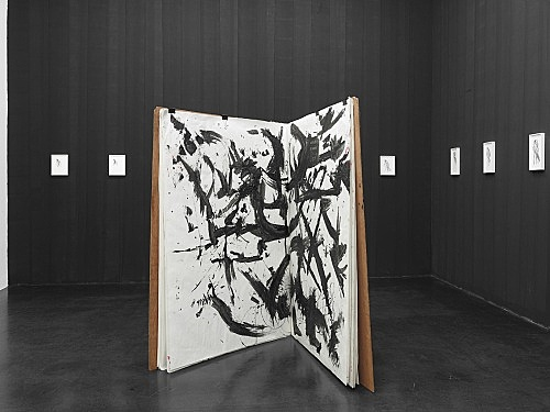 "Lutz Bacher – ""The Big Book"", 2013 wood, paper, string, clips, mixed media 163 x 126 x 2.5 cm installed approx. 163 x 126 x 143 cm installation view Galerie Buchholz, Köln 2018"