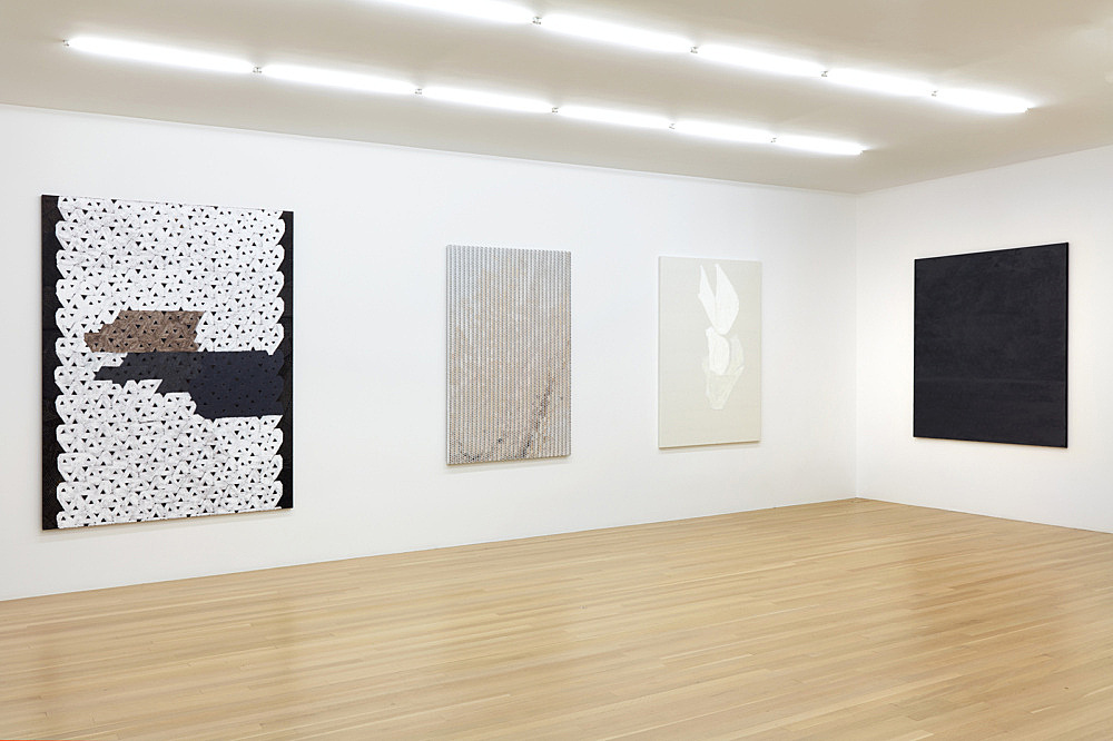 Sergej Jensen – Fabric Paintings installation view Galerie Buchholz, New York 2018