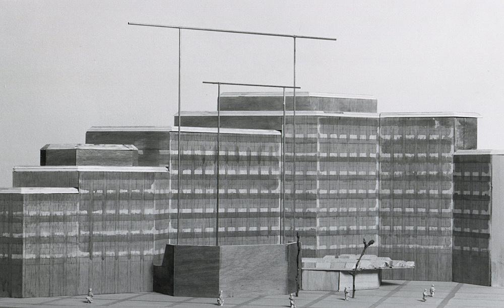 "Isa Genzken – ""Reck"", 1989 Project for Münster County Court photograph Isa Genzken"