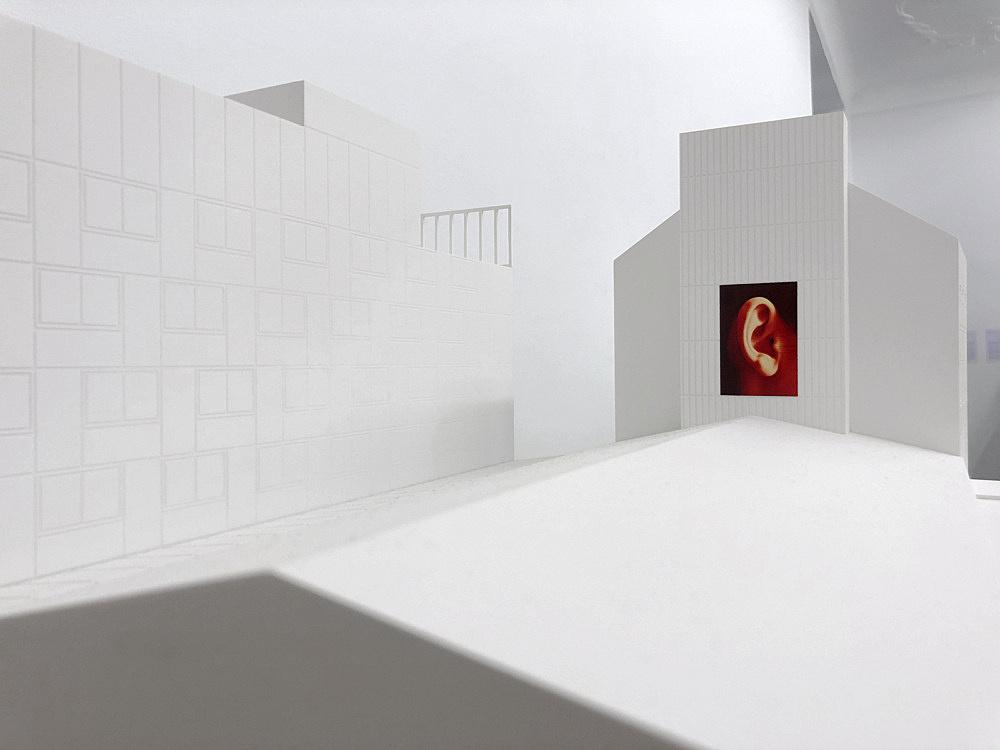"Isa Genzken – ""Ohr"", 2002 Innsbruck, City Hall facade (since 2002) large format print on flag fabric 580 x 390 cm Model, installation view Galerie Buchholz, Berlin 2018"