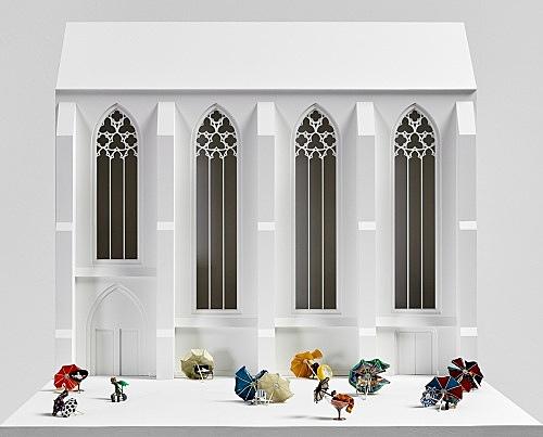 Isa Genzken – Untitled, 2007 Münster, near Liebfrauen-Überwasserkirche, on the occasion of 'Skulptur Projekte Münster 2007' 12 objects mixed media, dimensions variable Model, installation view Galerie Buchholz, Berlin 2018