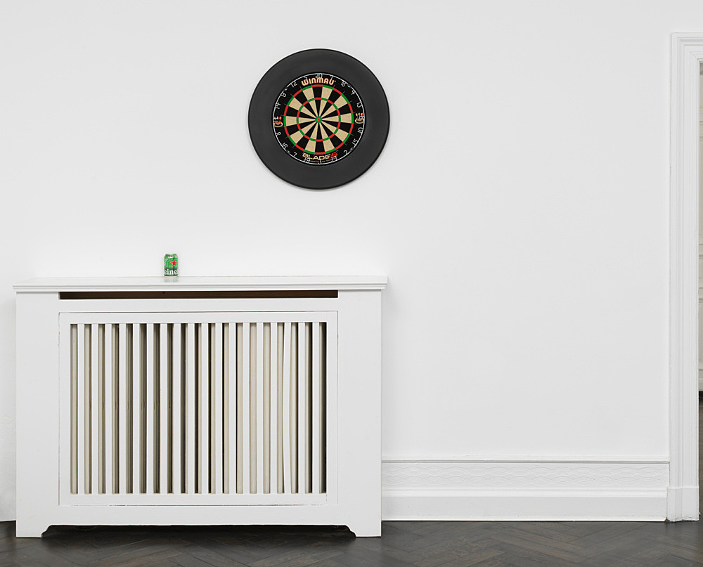 "Anne Imhof – ""Untitled (Imagine)"", 2019 dartboard Ø 68 cm installation view Galerie Buchholz, Berlin 2019"