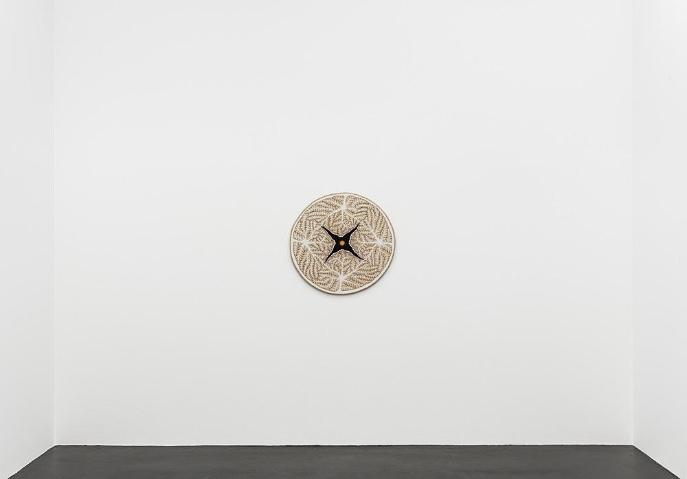 """Ulla Wiggen – """"Världsatlas III"""", 2019 acrylic on panel 73 x 76 cm installation view Galerie Buchholz, Köln 2020"""