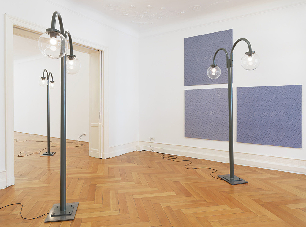 """Gili Tal – """"For the Sake of Those Who Would Discriminate Between Hallucinations"""" installation view Galerie Buchholz, Berlin 2020"""