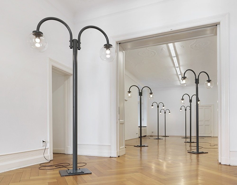 """Gili Tal – """"Inward Looking"""", 2020 painted steel, raw steel, plexiglass globes, electrical components, light bulbs various dimensions installation view Galerie Buchholz, Berlin 2020"""