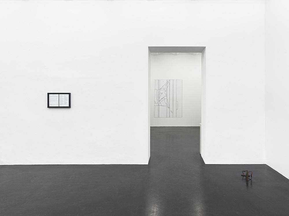 Cameron Rowland, Louise Lawler – installation view Galerie Buchholz, Köln 2020