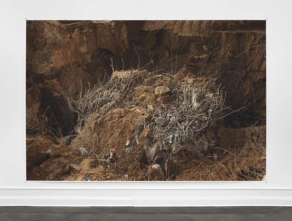 "Wolfgang Tillmans – ""encounter 2"", 2020 unframed inkjet print on paper, clips 274 x 410 cm installation view Galerie Buchholz, Berlin 2020"