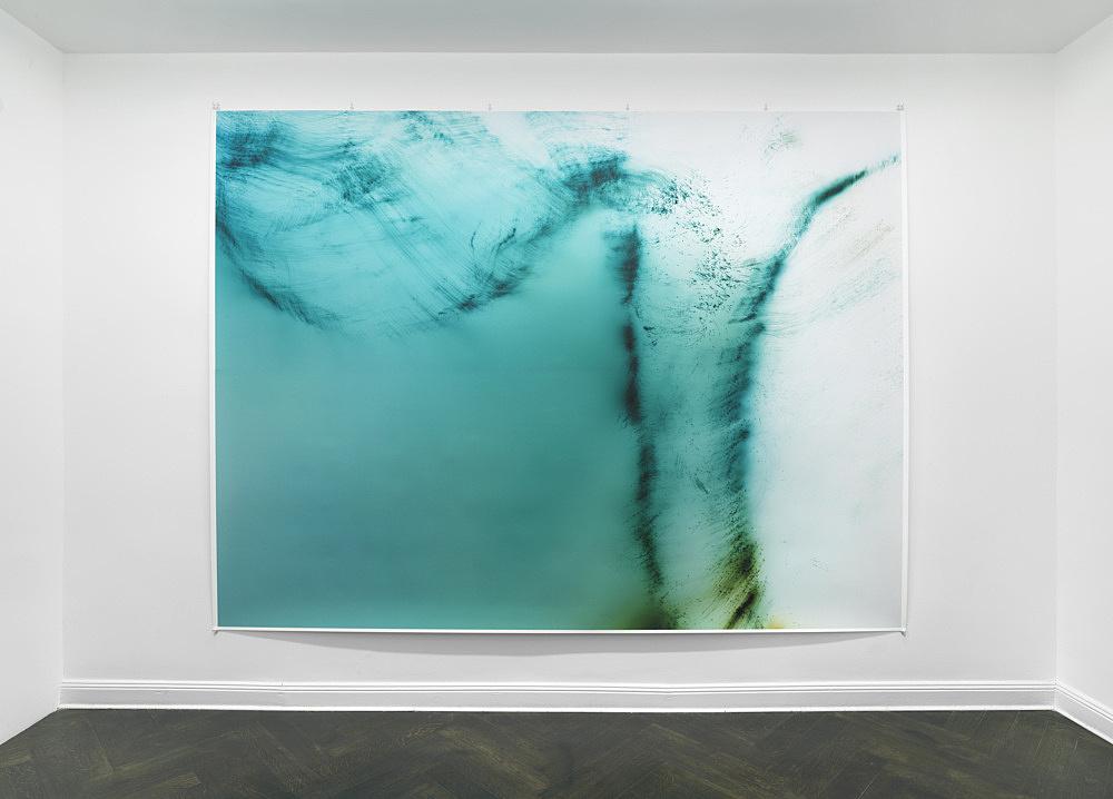 "Wolfgang Tillmans – ""Greifbar 112"", 2020 unframed inkjet print on paper, clips 273 x 365 cm installation view Galerie Buchholz, Berlin 2020"