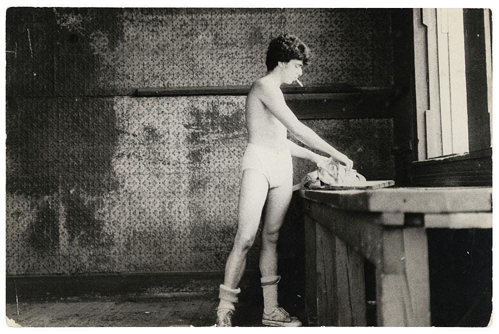 """Alvin Baltrop – """"The Piers (man going through clothing)"""", n.d. (1975-1986) silver gelatin print 18.8 x 28.5 cm"""