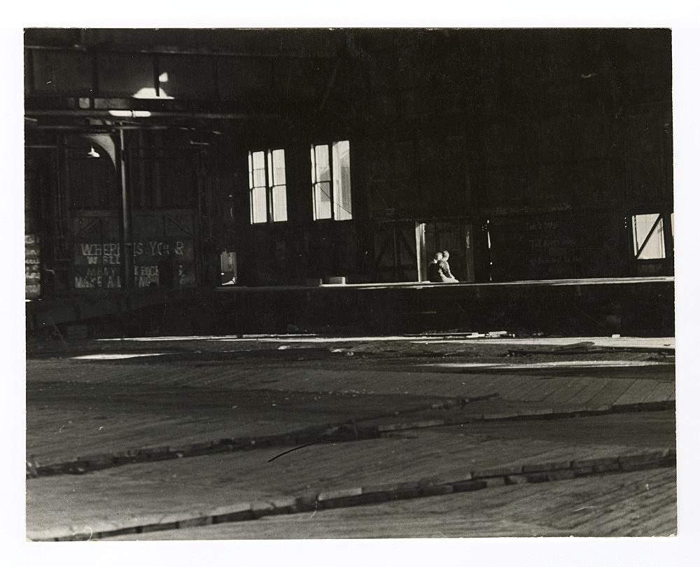 "Alvin Baltrop – ""The Piers (two men sitting)"", n.d. (1975-1986) silver gelatin print 19.7 x 24.8 cm"