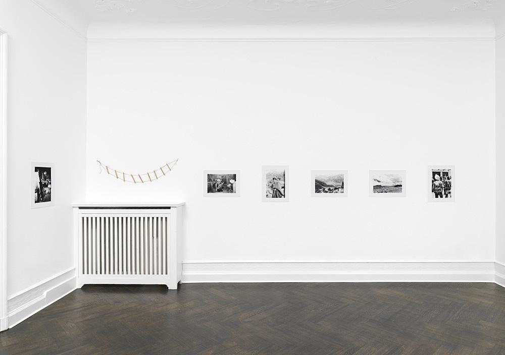 Michael Oppitz – Singers of Ten Thousand Lines installation view Galerie Buchholz, Berlin 2021