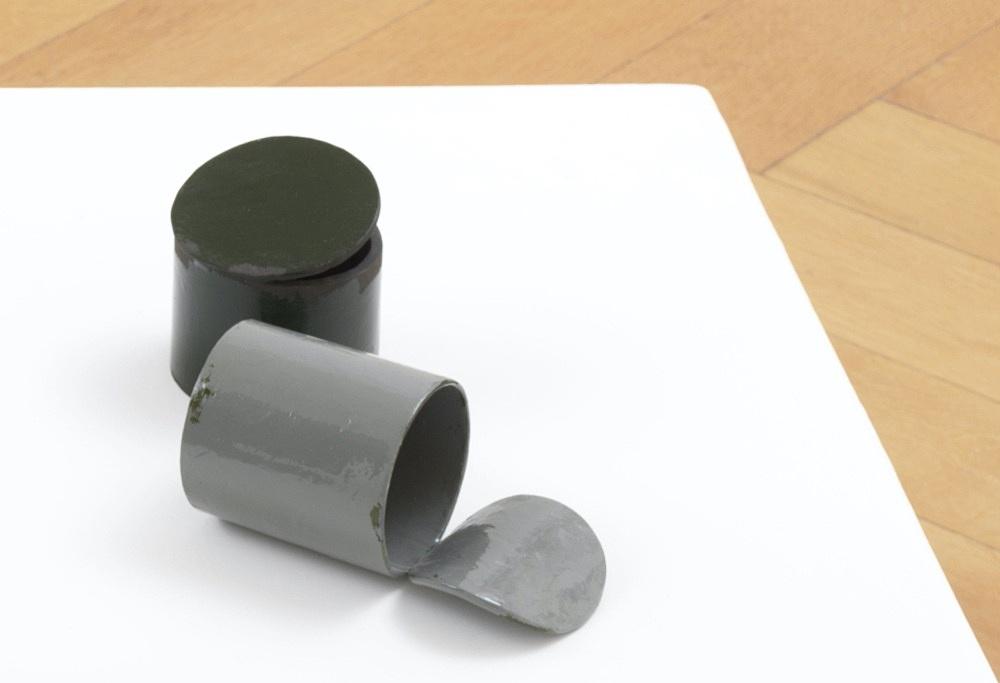 Peter Fischli – untitled, 2021 cardboard, coated, color 91.5 x 90 x 90 cm