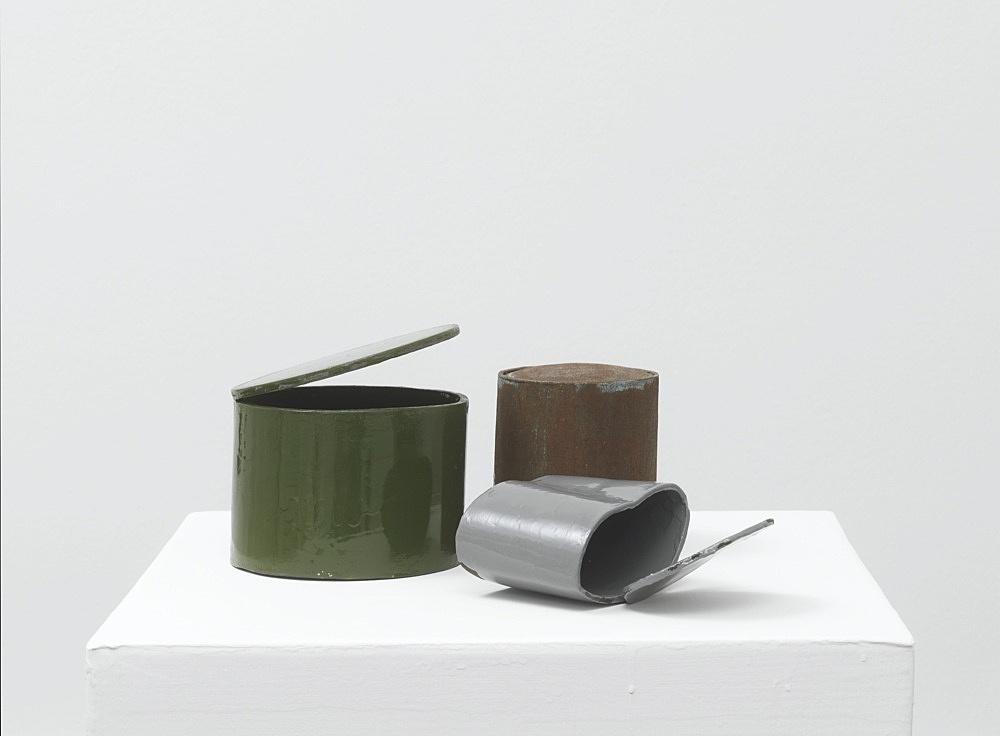 Peter Fischli – untitled, 2021 cardboard, coated, color 91 x 46 x 46 cm